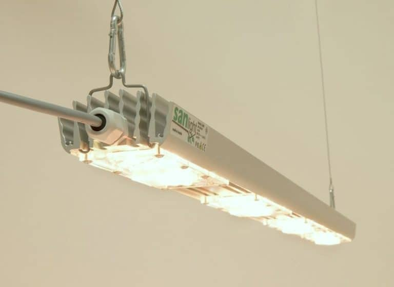 LED Sanlight S4W aufgehangen