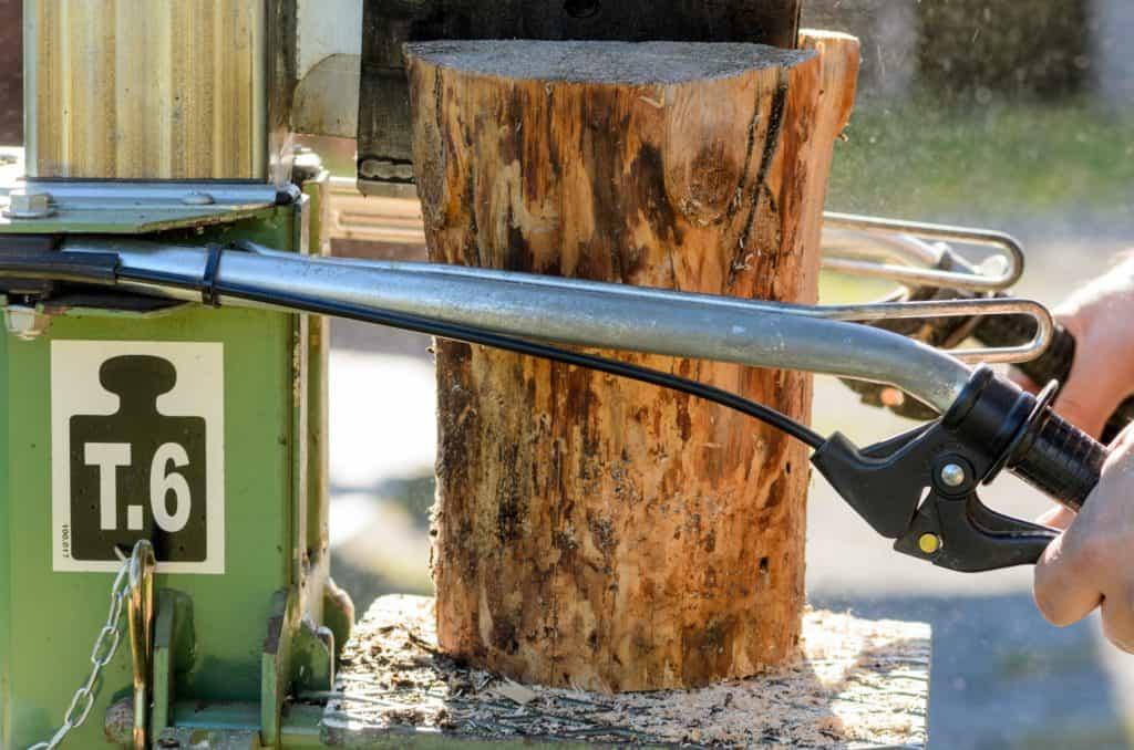 Nahaufnahme eines Holzspalters