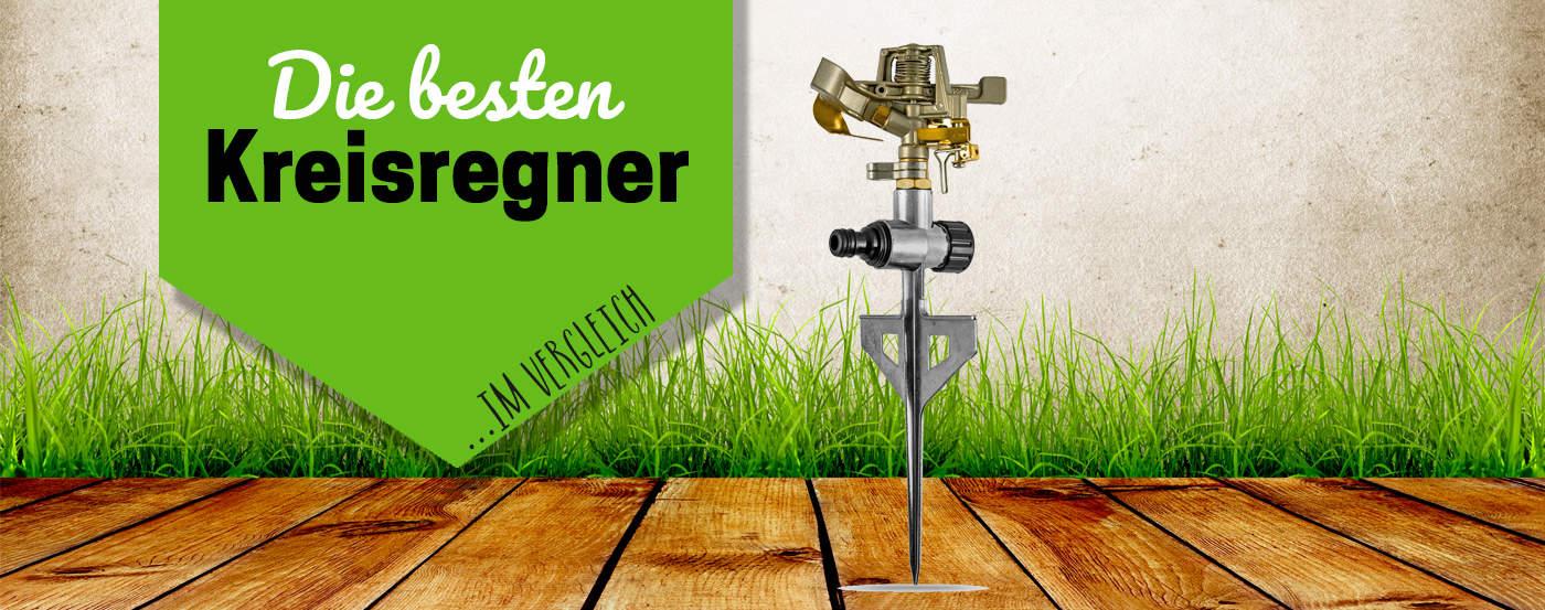 Gartenschlauch zum Wasserhahn anhakt
